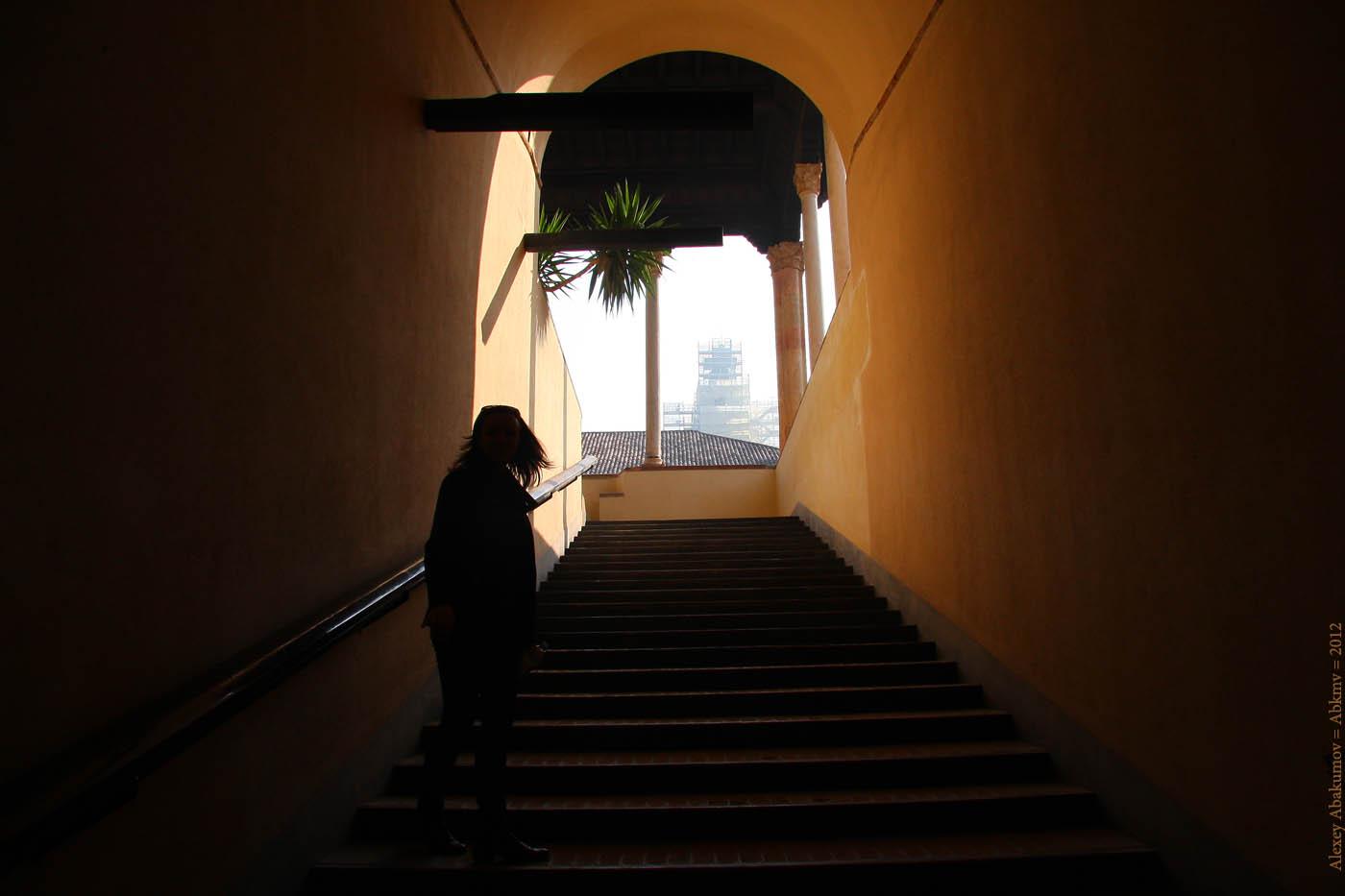 Замок Сфорцеско, Милан. Фото: Алексей Абакумов. Италия, 2011 год
