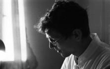 Петр Чайников - врач-терапевт во время своего последнего приема в петербургской поликлинике. После он круто изменил свою жизнь и уехал в провинцию. Санкт-Петербург, 2010 год