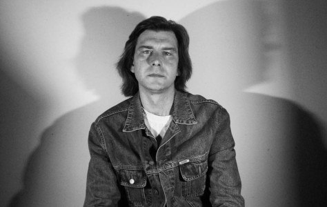 Дмитрий Тюленев - научный сотрудник Русского музея, историк рок музыки и собиратель пластинок. Санкт-Петербург, 2011 год
