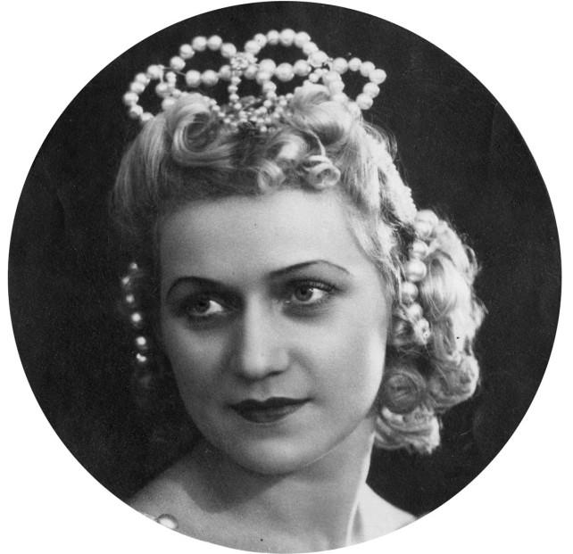 Балерина Тамара Кирсанова